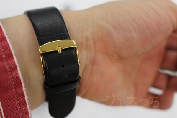 実際してみて、腕時計のバンド部分は、こんな感じ