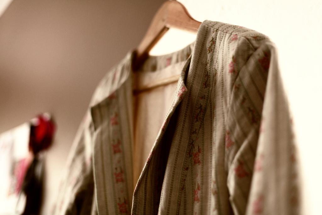 Housecoat And Lounge Coat Burda Style Brocade Coat 02/2013