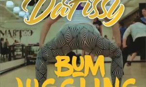 daffisy-bum juggling