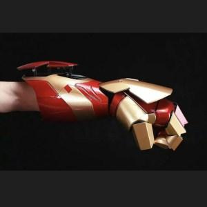 Marvel wearable Iron man laser glove - Marvelofficial.com