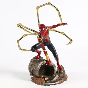 Iron spider action figure 21cm - marvelofficial.com