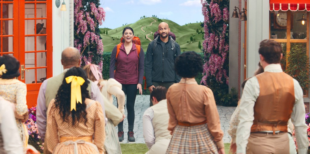 """Episode 1. Cecily Strong and Keegan-Michael Key in """"Schmigadoon!,"""" premiering July 16, 2021 on Apple TV+."""