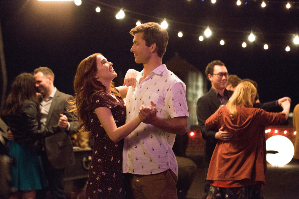 Harper and Charlie dancing in Netflix's Set it Up