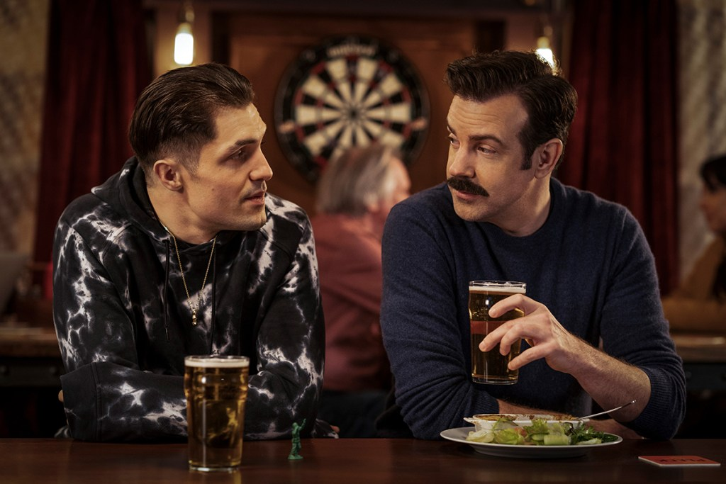 """Phil Dunster and Jason Sudeikis as Jamie Tartt and Ted Lasso in """"Lavender"""""""