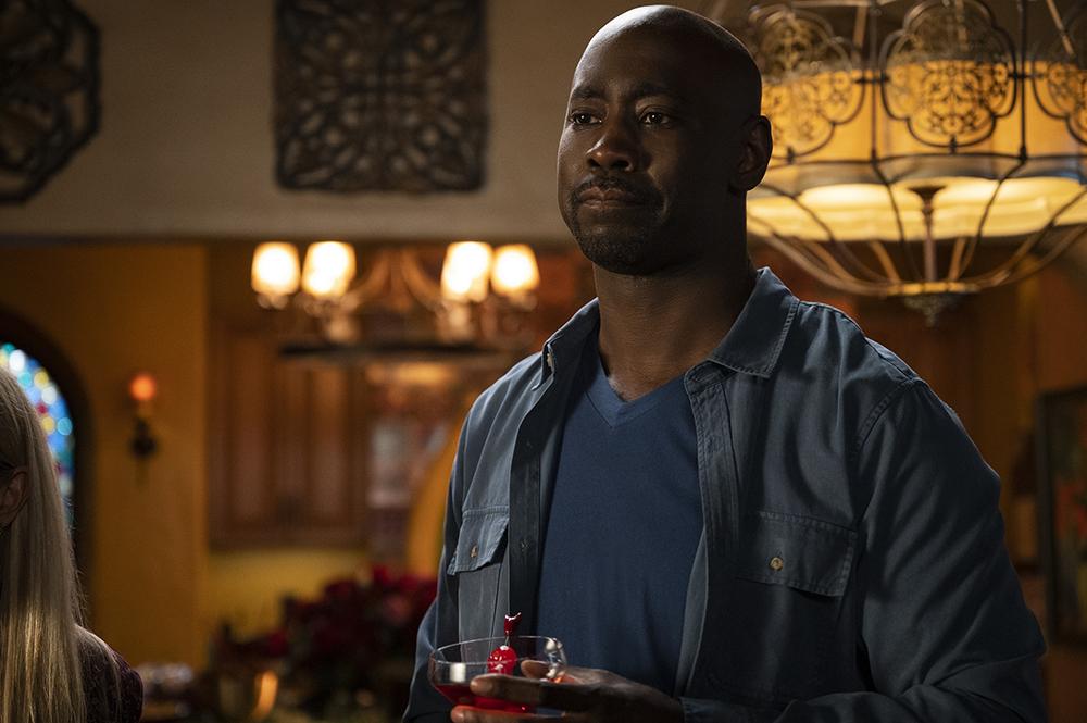 LUCIFER (L to R) D.B. WOODSIDE as AMENADIEL in episode 601 of LUCIFER