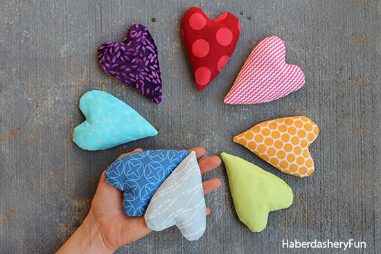 MINI HEART SHAPED HAND WARMERS