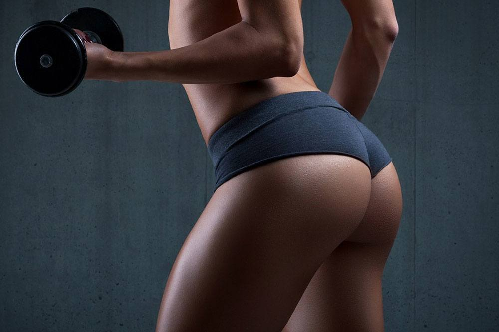 woman-with-round-butt.jpg