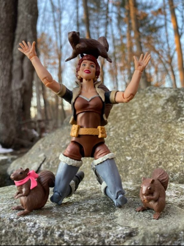 Hasbro Squirrel Girl Legends Figure with Squirrel Figurines Tippy Toe
