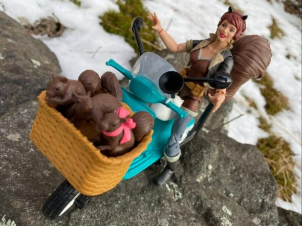 Marvel Legends 2020 Squirrel Girl Review