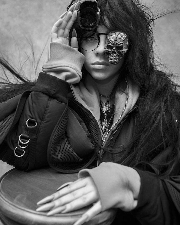 billie-eilish-novia-billboard-portada-v-magazine-lil-nas-x