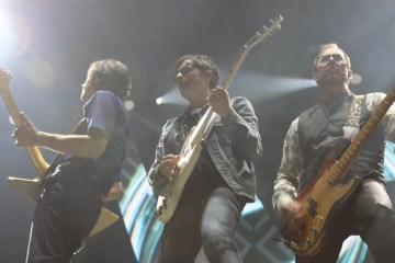 weezer-nirvana-lithium-cover-dave-grohl-llora