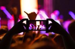 #EnMisTiempos: ¿Por qué habla la gente en los conciertos?