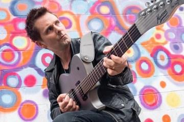 Matt Bellamy de Muse, guitarras Manson