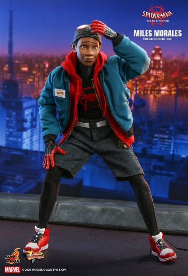 miles morales hot toys figura coleccion into the spiderverse