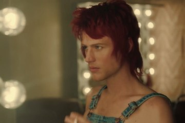 david-bowie-stardust-biopic-trailer-2020