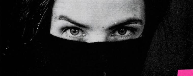 ela-minus-acts-of-rebellion-nuevo-disco-resena-2020
