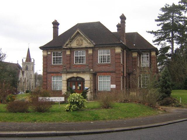 Edwardian Style Was a Breath of Fresh Air After Stuffy Victorian Era