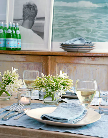 Transform Your Dining Experience From Mundane to Glamorous by Tablescaping