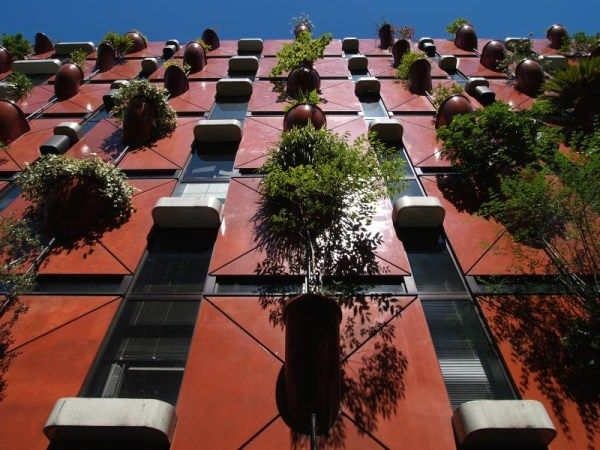 Italian Architect Takes Gardening to New Heights