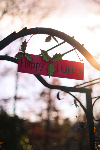 happy holidays sign