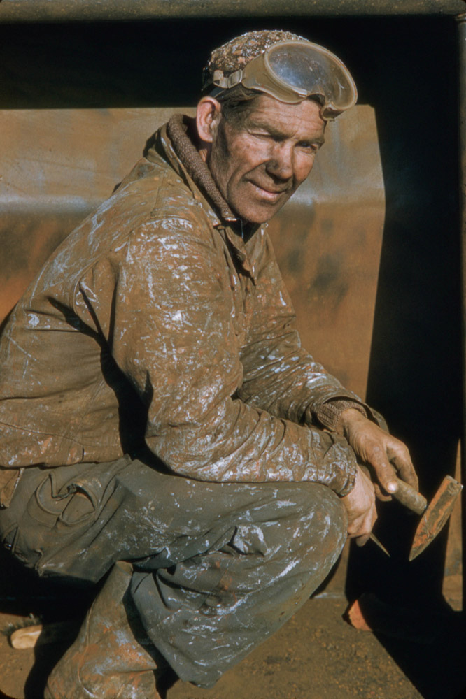 Rotterdam Worker, Covered in Mud, Long day of work