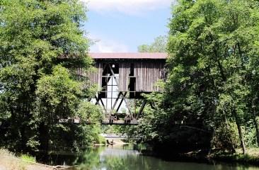 Covered bridge, Chambers