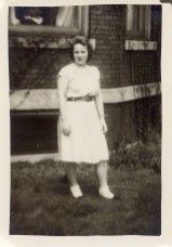 Liz 1945