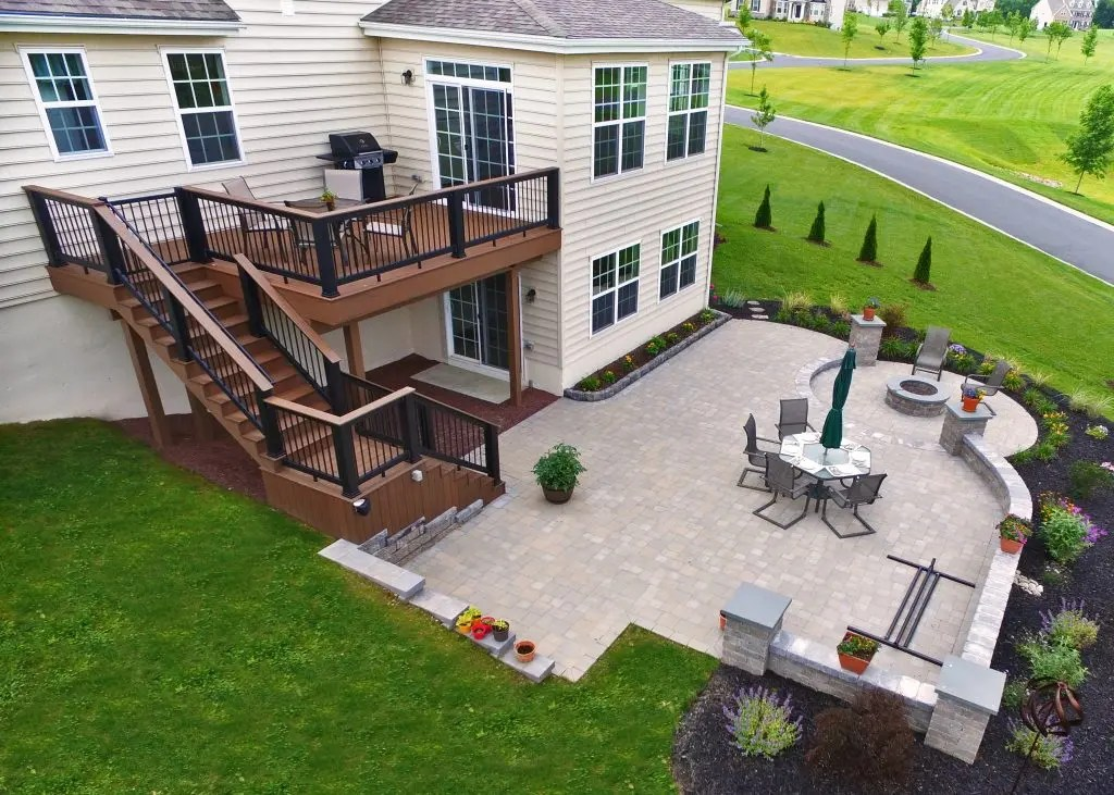 Combine Paver Patio And Deck For The Best In Outdoor ... on Backyard Brick Patio id=74306