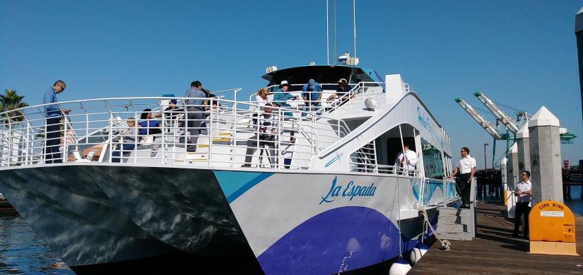 こちらが乗船した船。