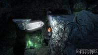 Dentro da caverna a canetinha serve até para iluminar o caminho.
