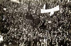 thumb_proclamation_of_the_spanish_republic_1931_copy_copy