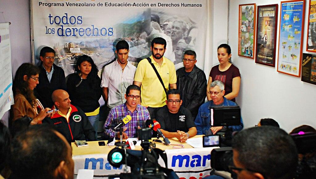 rueda_de_prensa_de_marea_socialista_copia