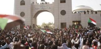 Σουδάν επανάσταση αντεπανάσταση