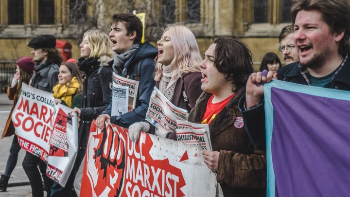 Victory to UCU! Students must support the strikes!