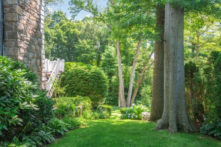 45 Overlook Drive Greenwich CT listed by Mary Stuart Freydberg