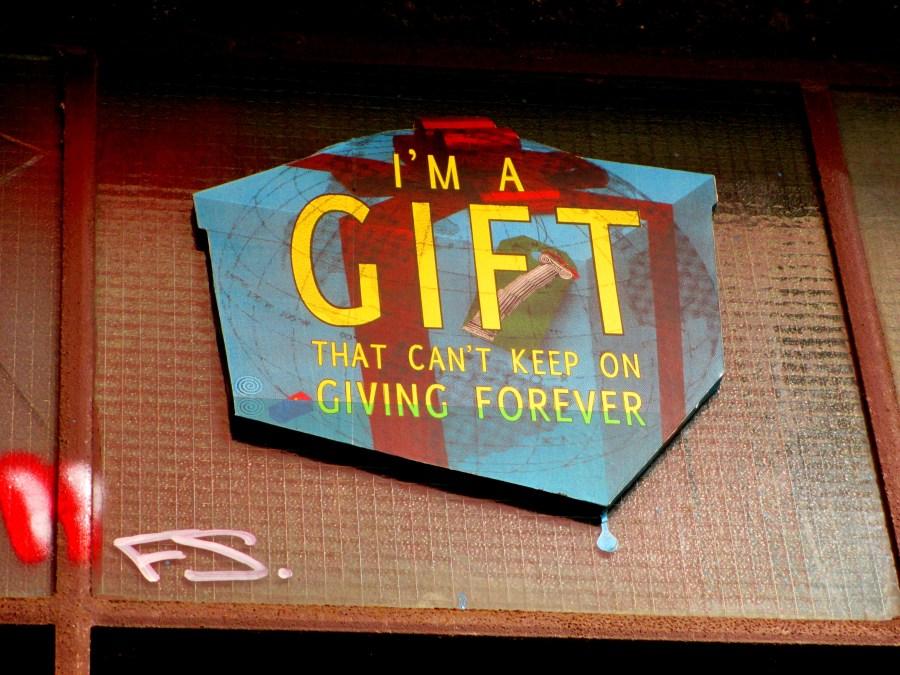 Phoenix the Street Artist | Gift