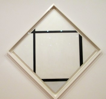 Piet Mondrian | Tableau I Lozenge with four lines and grey
