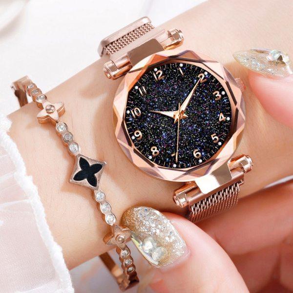 Luxury Women Watches Magnetic Starry Sky Female Clock Quartz Wristwatch