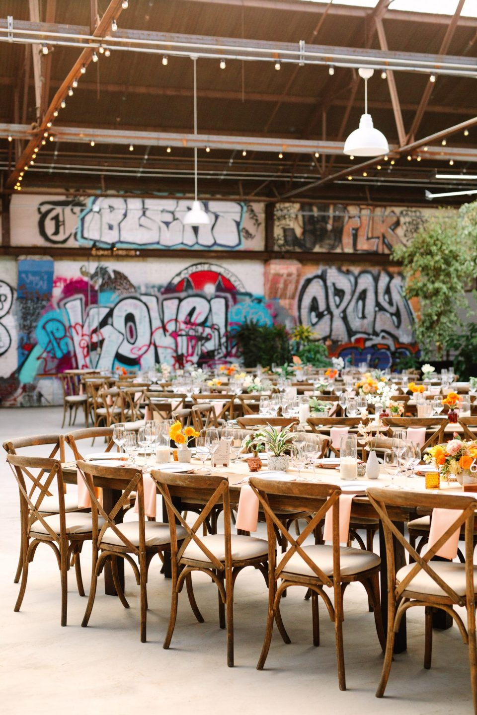 Rolling Greens DTLA wedding reception by Mary Costa Photography