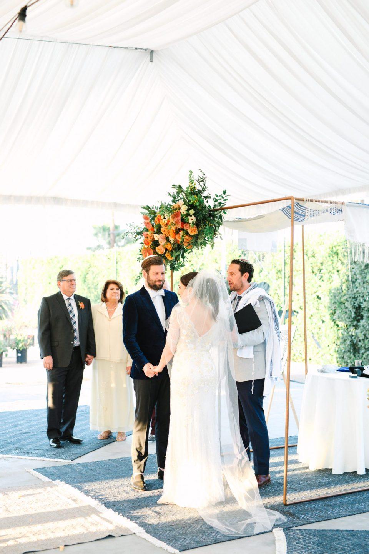 Wedding ceremony at Rolling Greens DTLA www.marycostaweddings.com
