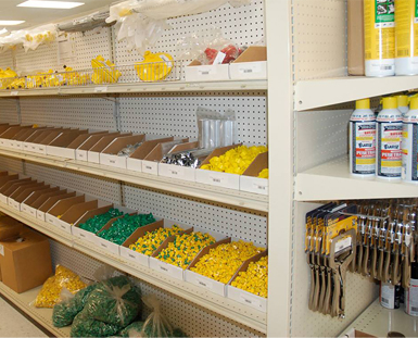 marydel-hardward-store-shelves