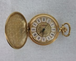Gold pocket watch from my Grandma Bea, 2018.