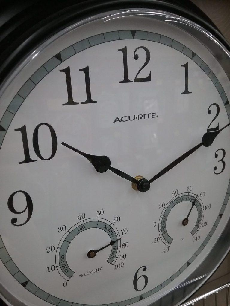 Acu-rite clock, 2018.