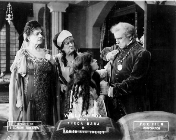 Outline Scene from Romeo and juliet1916.jpg
