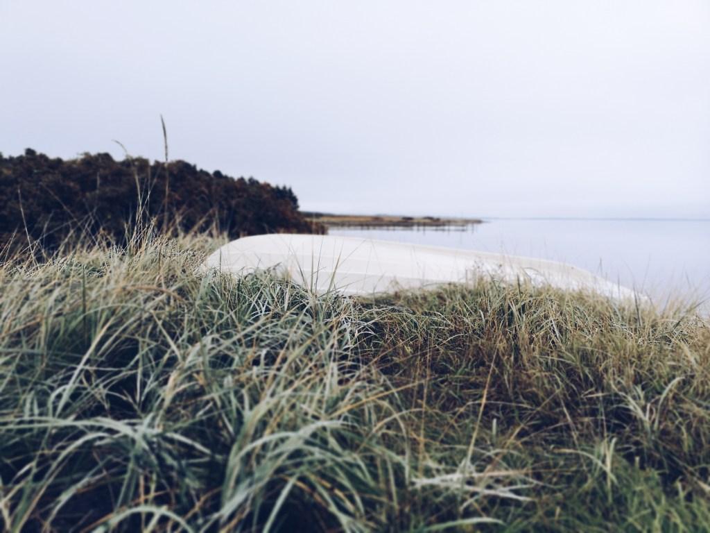 Strandspaziergang am Fjord bei Lundø - Dänemark