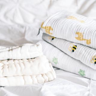 Every Baby Deserves to Sleep Safely - Baby Sleep Safety Basics with Baby Box University
