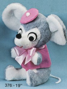 Dressed Mouse – #376 – 19″ high