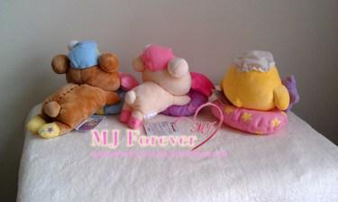 Bedtime Rilakkuma plush set (sold)