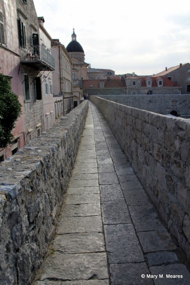 Walking the City Wall