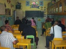 RapatRW03 dengan warga membahas pembangunan balai RW03